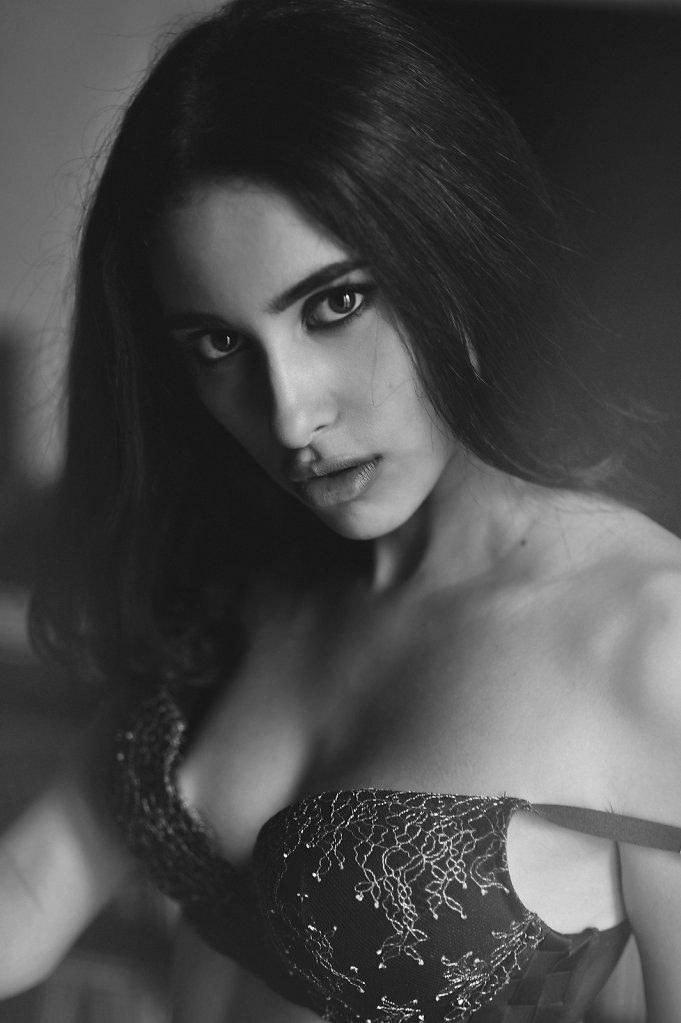Michele-Della-Guardia-Photography-Vivienne-MDG4637-1920-def.jpg
